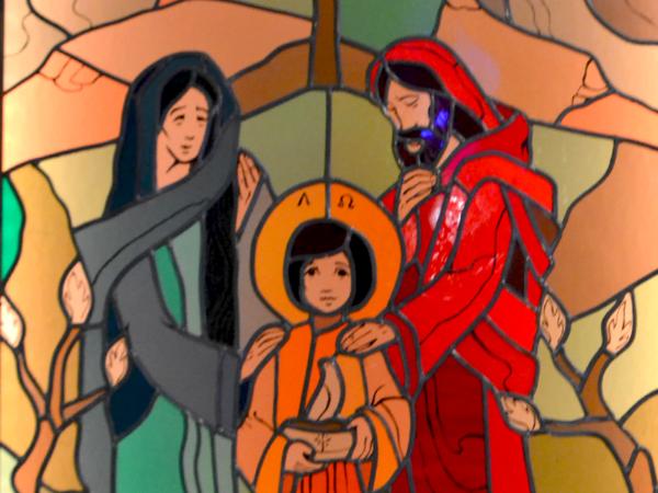 """<span>Witraż """"Święta Rodzina"""" w klasztorze Sióstr Nazaretanek w Krakowie (1 zdj.)</span><i>→</i>"""