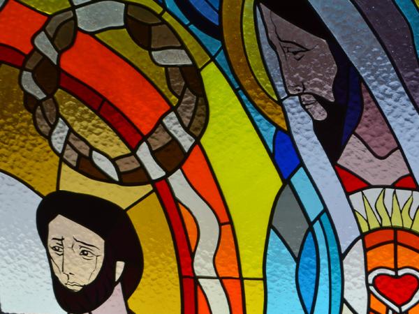 <span>Witraż w kaplicy w Porębie (6 zdj.)</span><i>→</i>